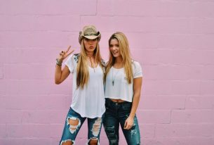 Teen Country Sensations Gabriela and Bianca LeDuc sign with PMG for Representation!